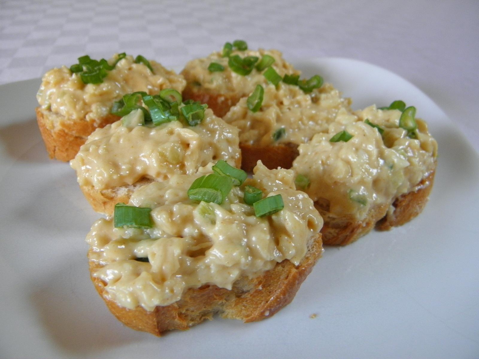 Fotografie receptu: Pikantní hermelínová pomazánka