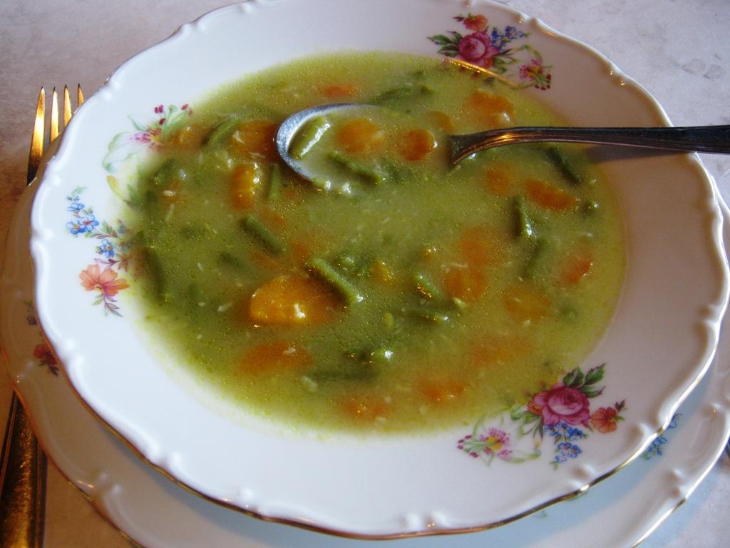 Fazolkovo-mrkvová polévka