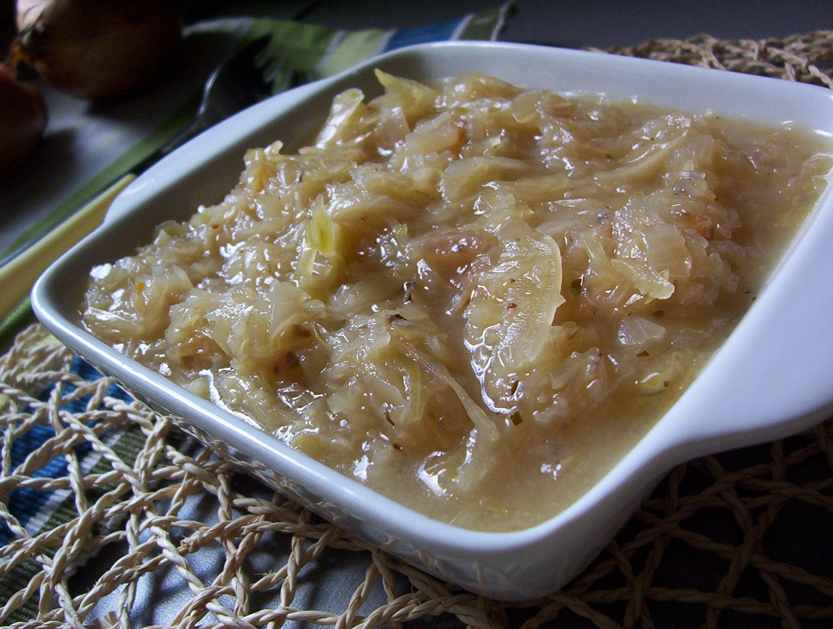 Fotografie receptu: Dušené zelí na cibulce
