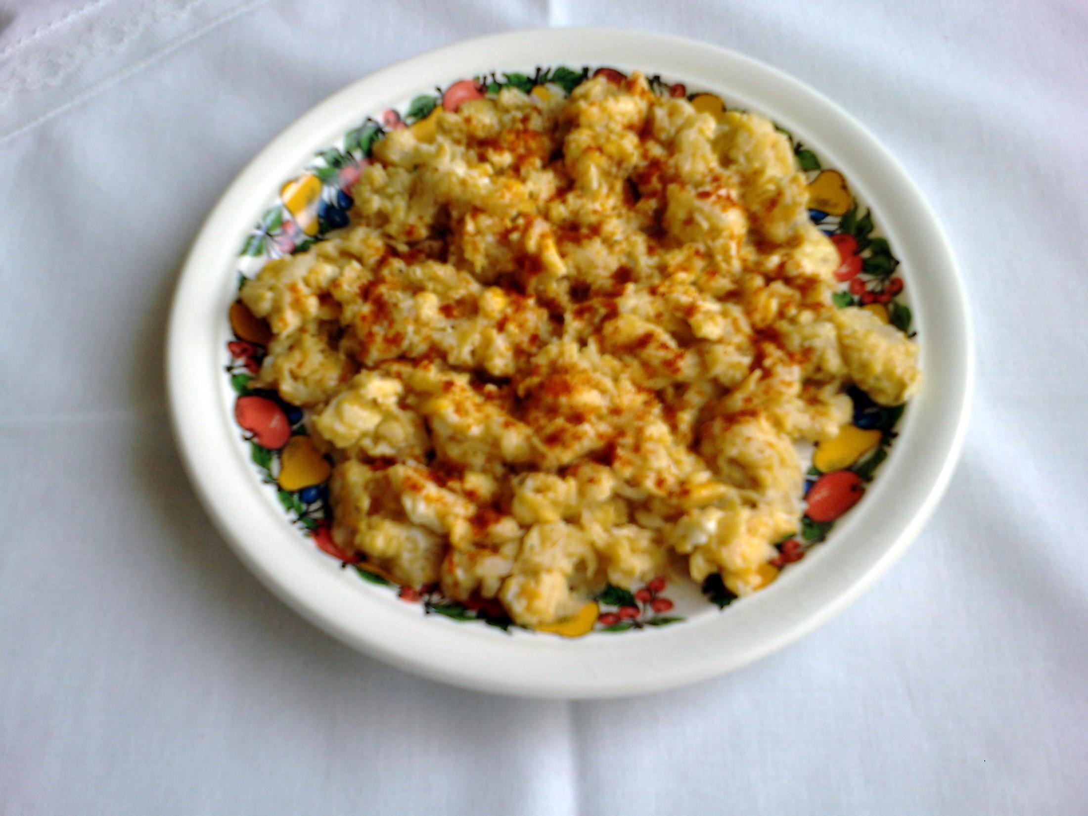Fotografie receptu: Míchaná vejce s ředkvičkou