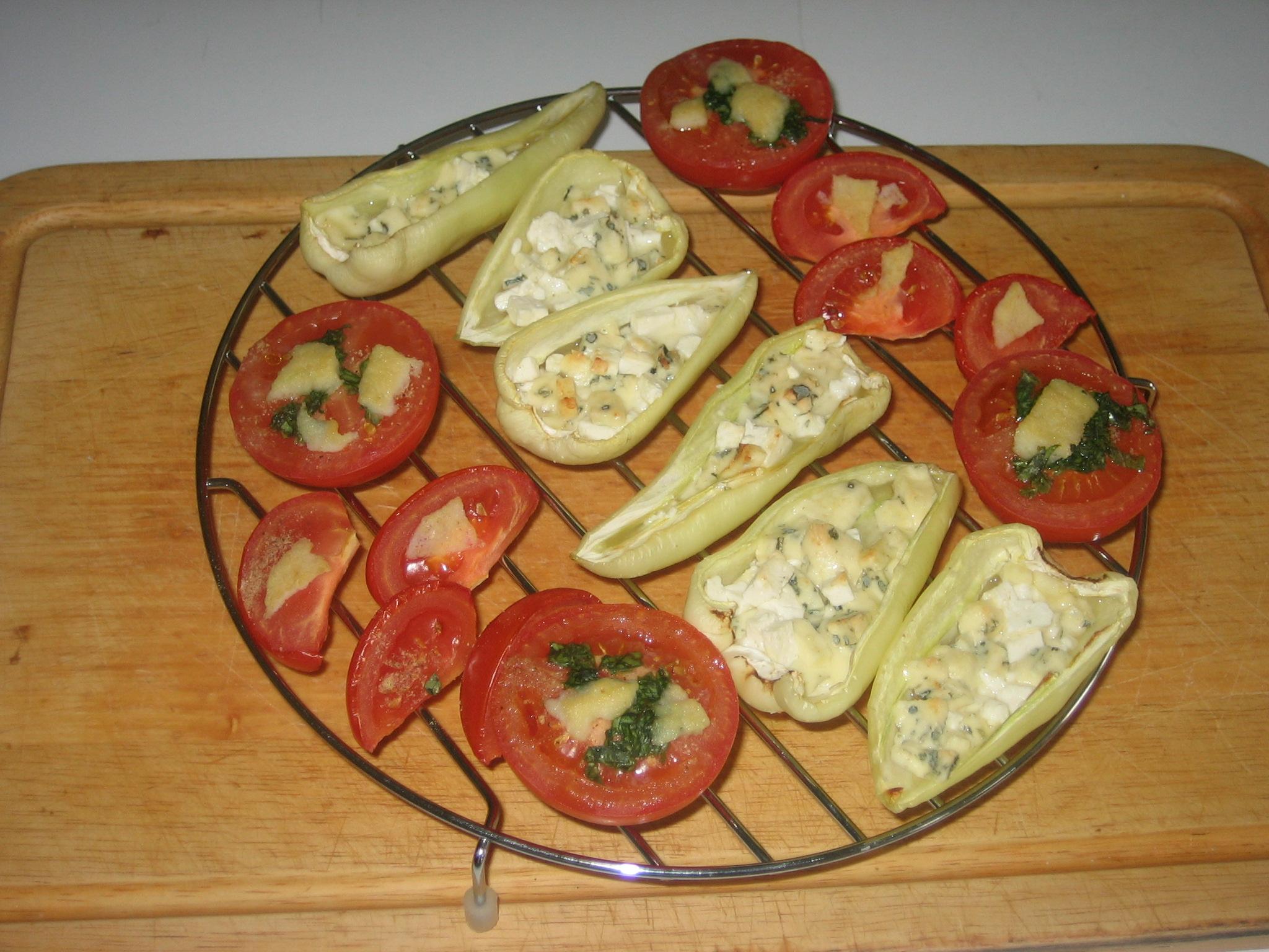 Fotografie receptu: Grilovaná rajčata a papriky