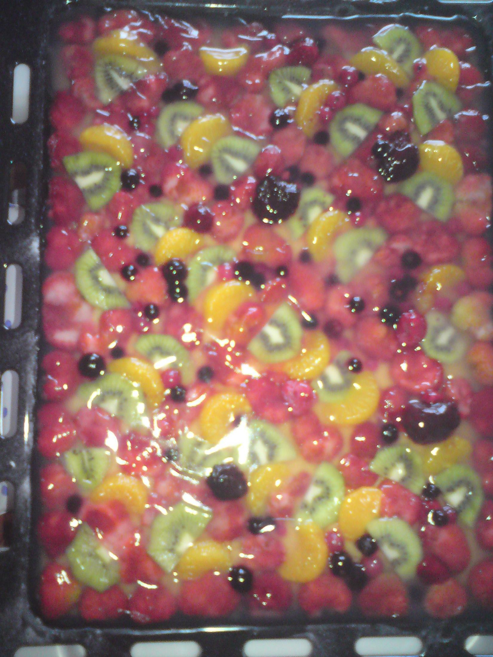 Fotografie receptu: Ovocný želatinový letní koláč