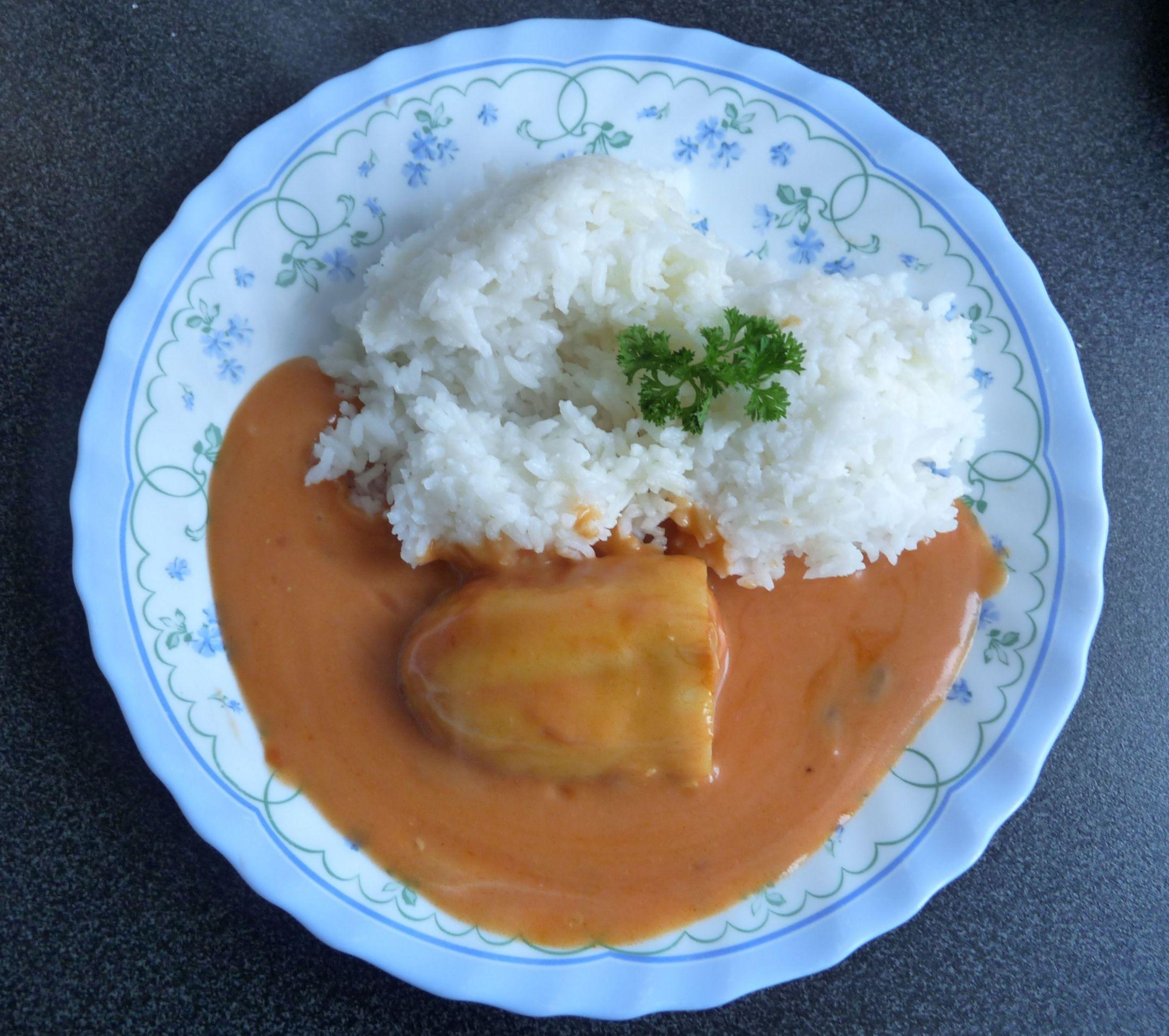 Fotografie receptu: Plněné papriky s rajskou omáčkou a rýží