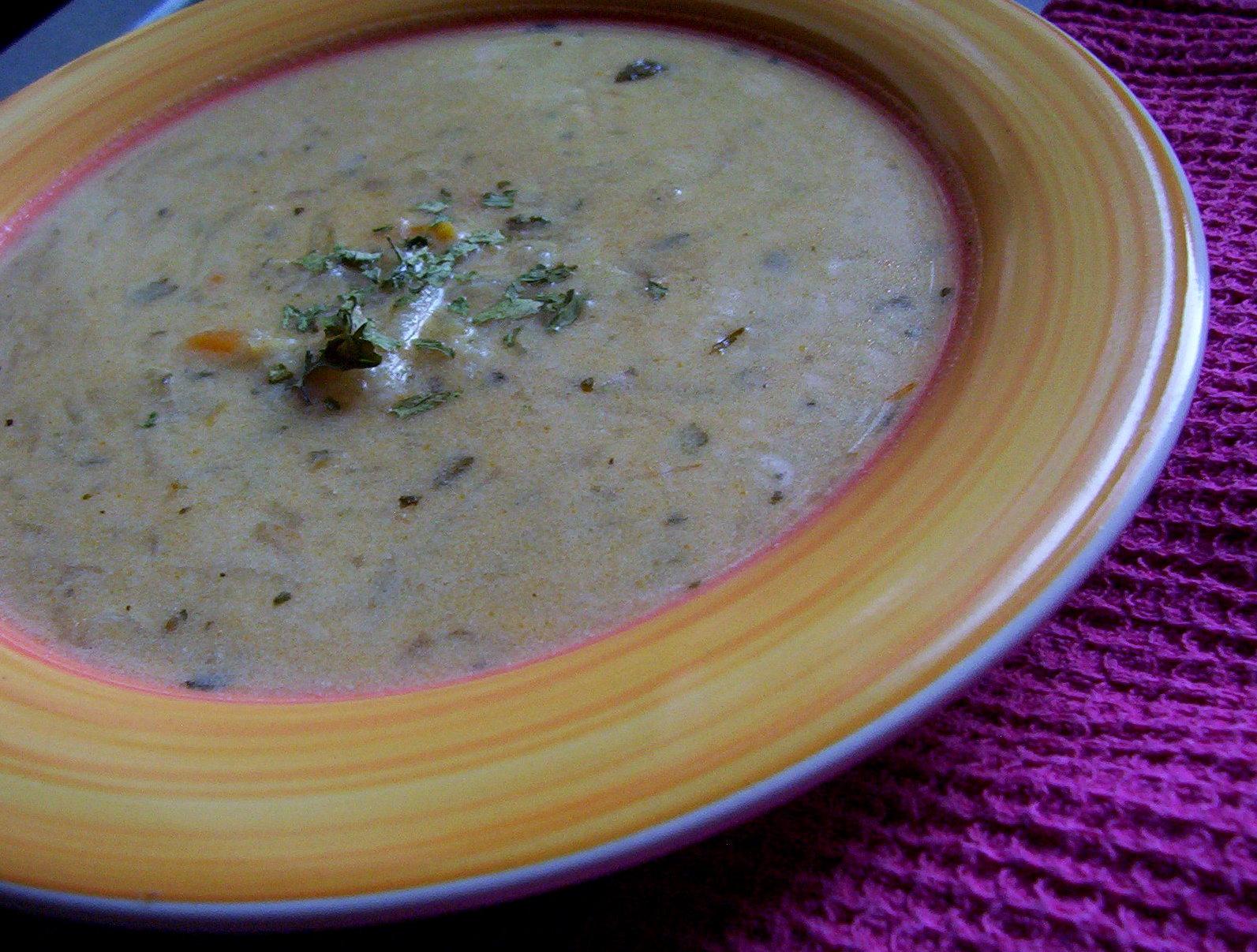 Strouhaná bramborová polévka