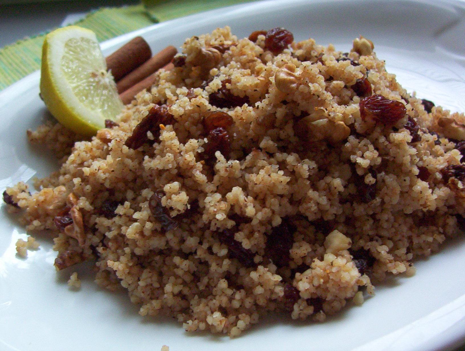 Fotografie receptu: Ořechový kuskus s rozinkami