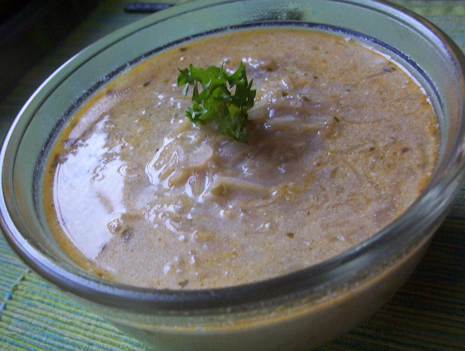 Zelná smetanová polévka