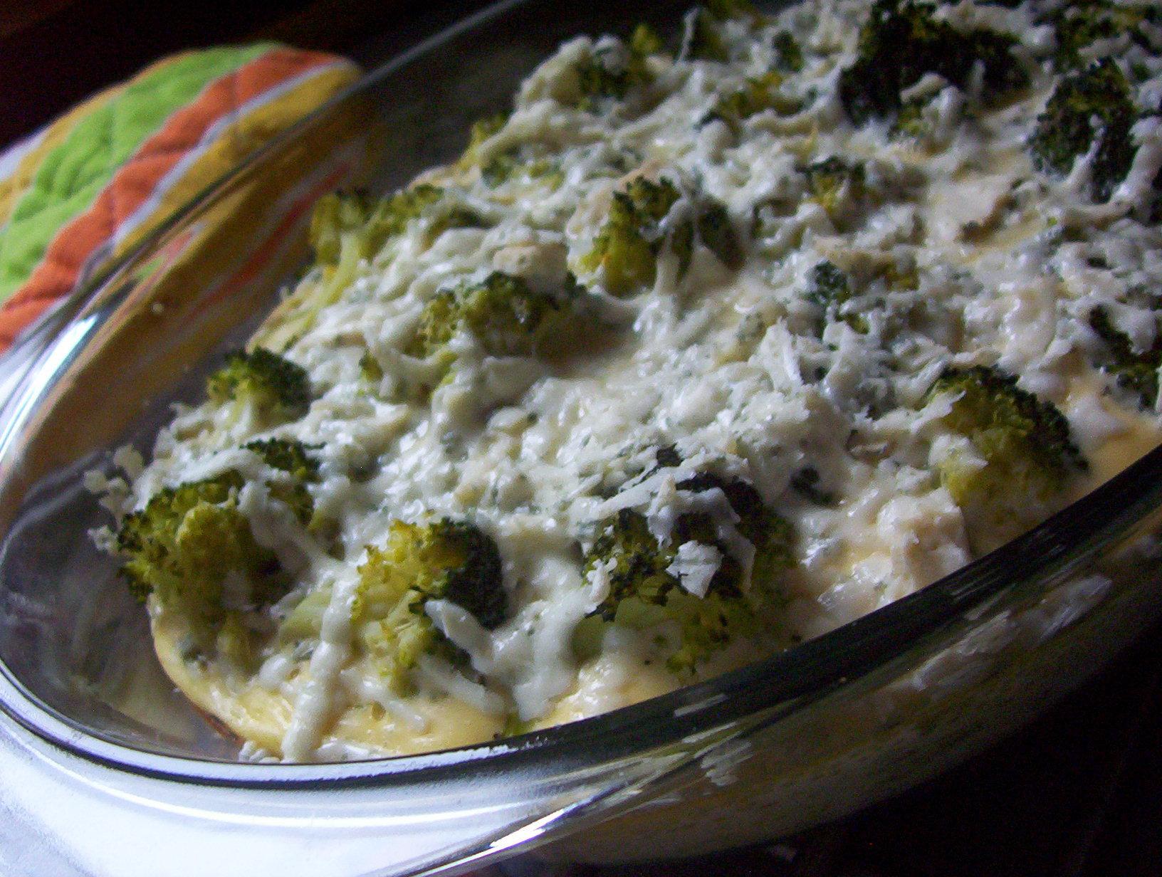 Brokolice zapečená s vejci a nivou