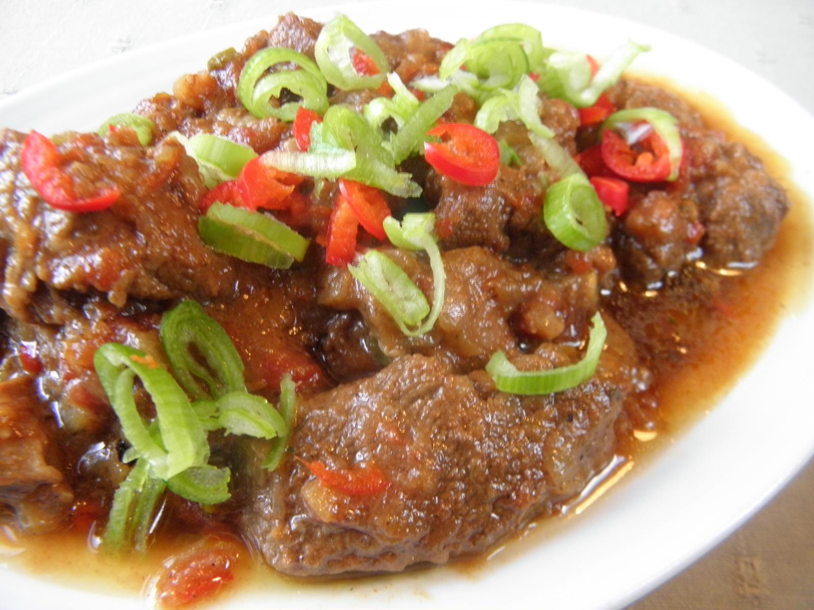 Fotografie receptu: Pikantní kančí guláš
