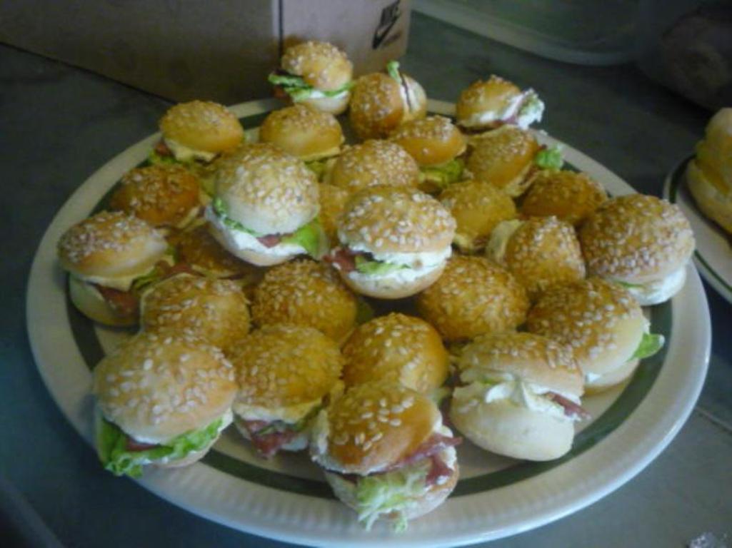 Fotografie receptu: Plněné slané minihamburgery