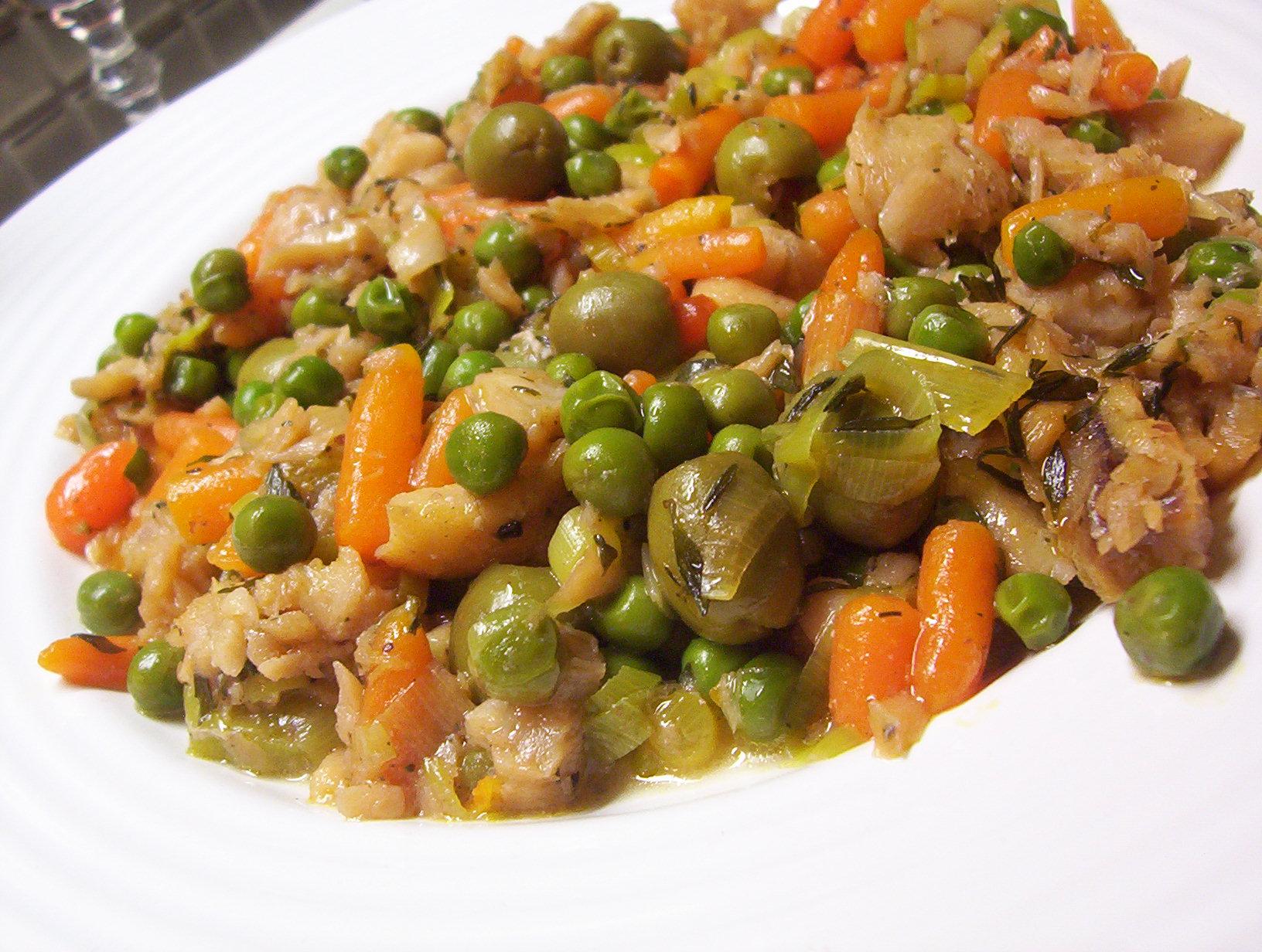 Pálivá treska na zelenině