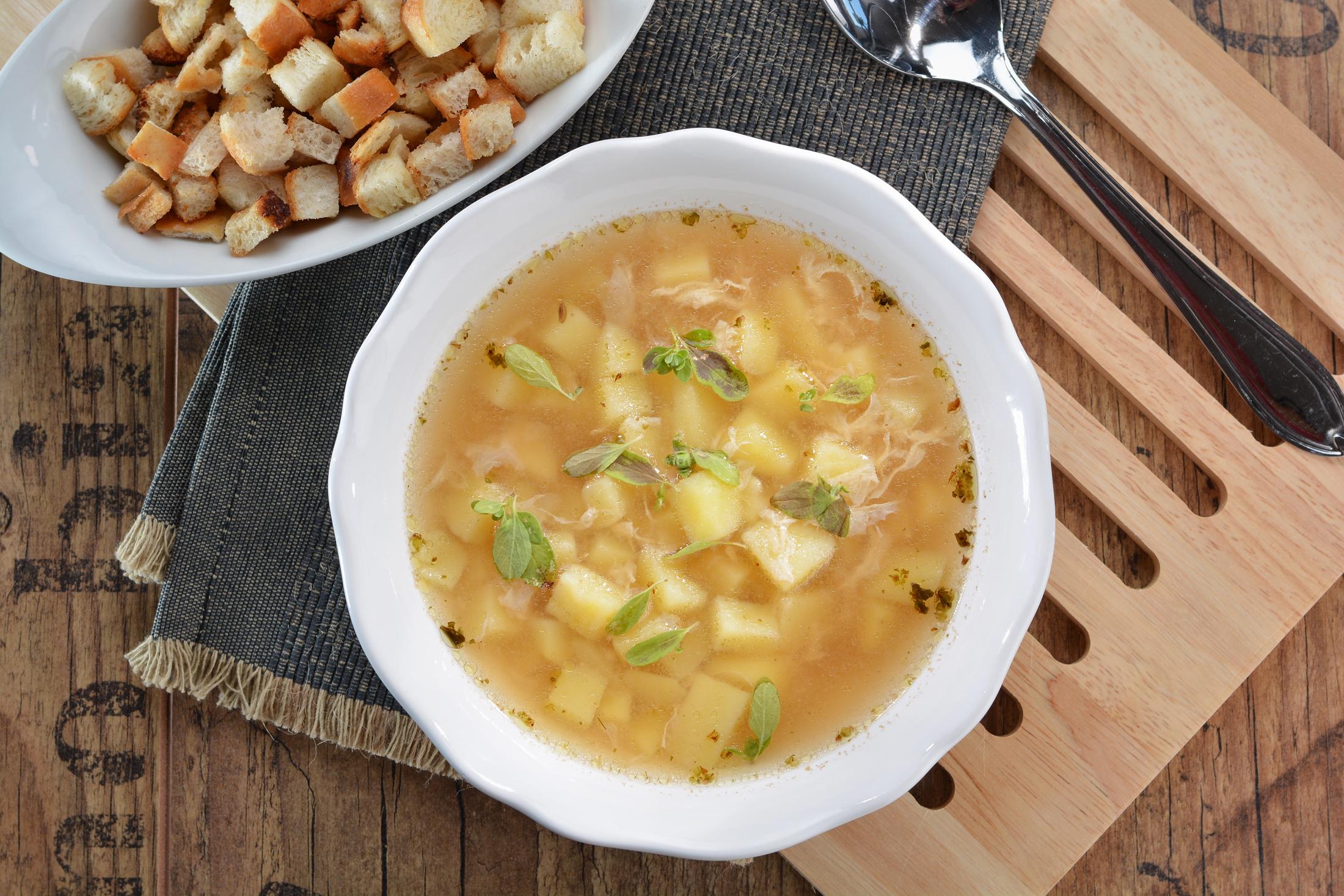 Naše česneková polévka