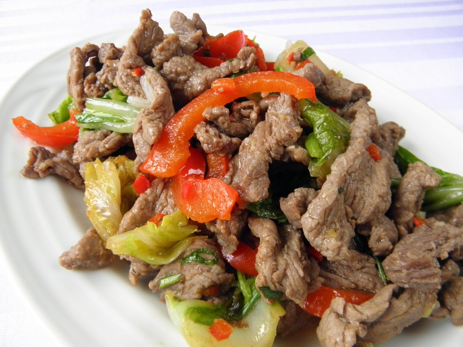 Fotografie receptu: Hovězí nudličky na asijský způsob