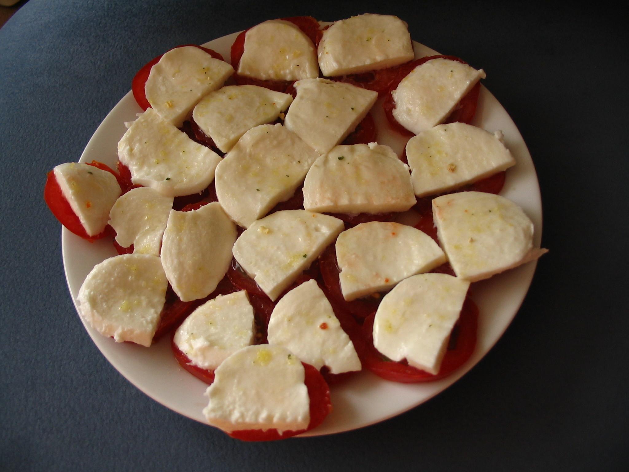 Rajčátka s mozzarellou