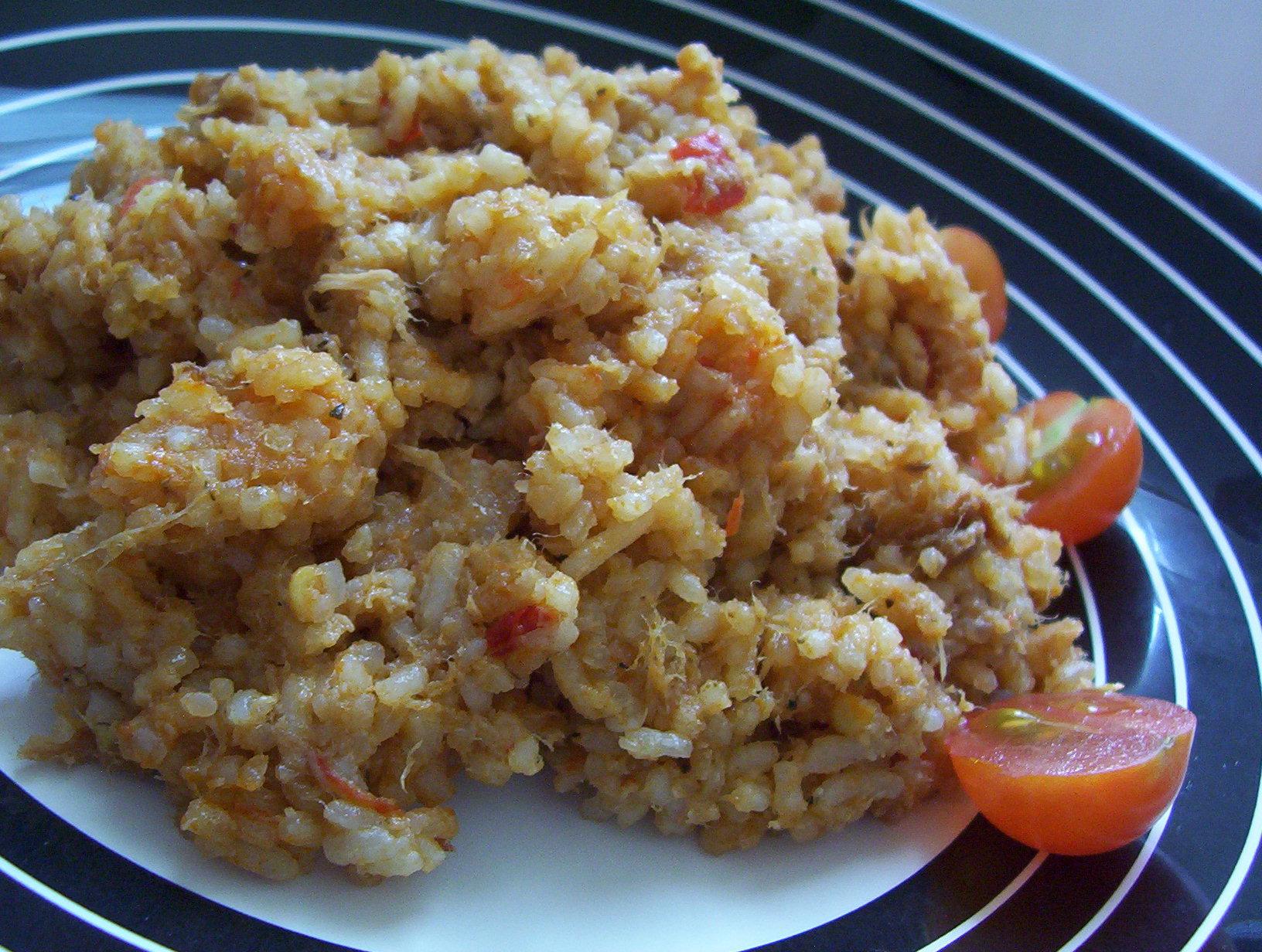 Rajčatová rýže s tuňákem