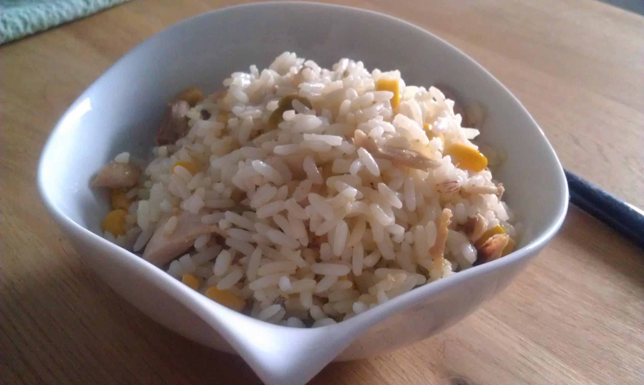 Kuřecí rizoto s kukuřicí a hráškem