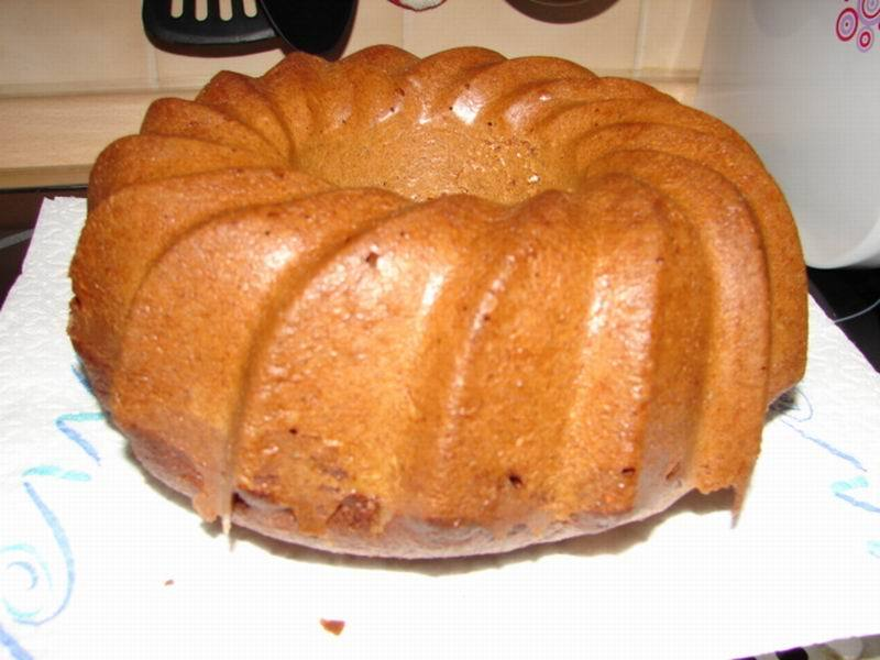 Fotografie receptu: Špaldová bábovka bez cukru
