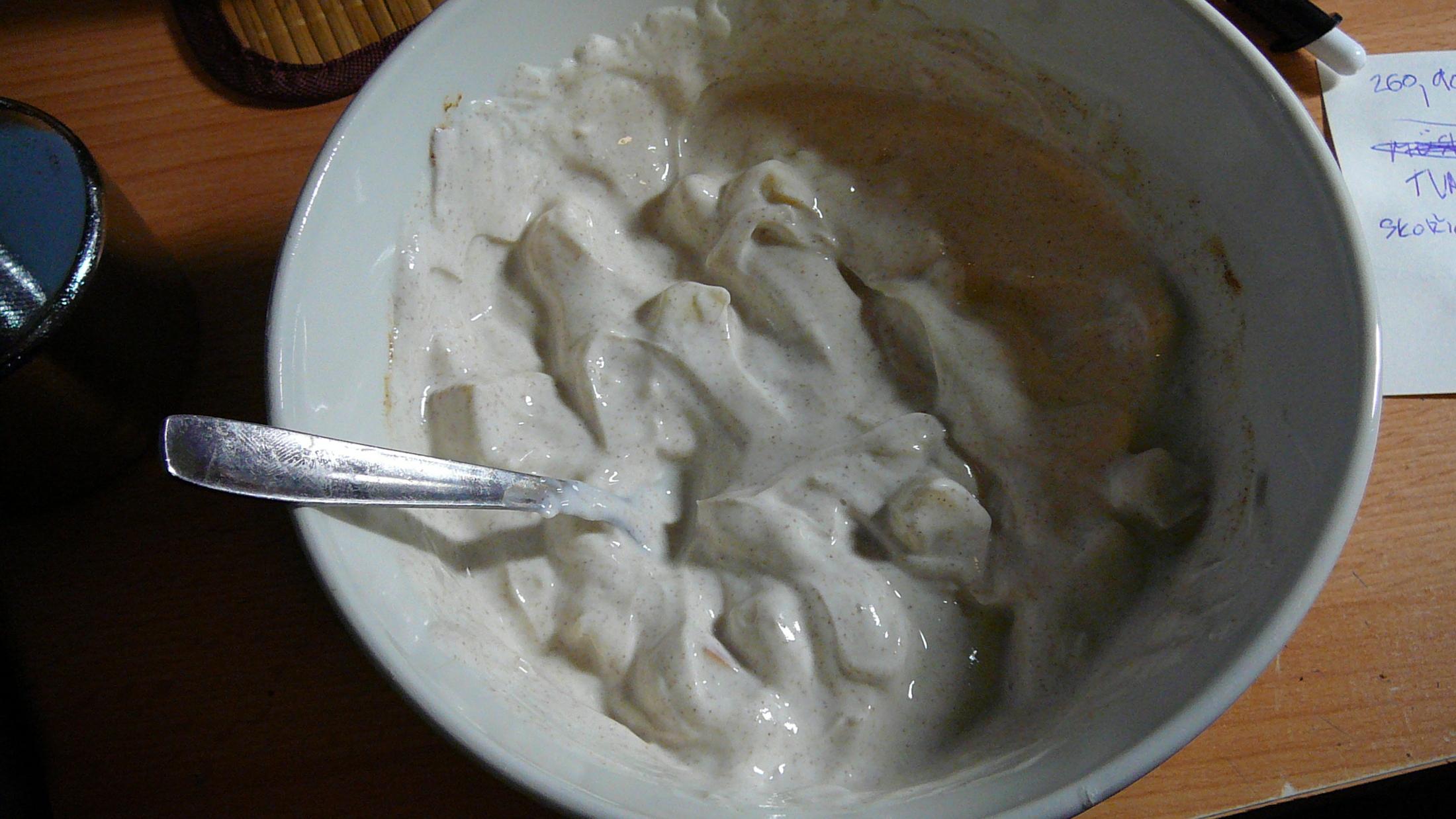 Dietní ochucený tvaroh se skořicí