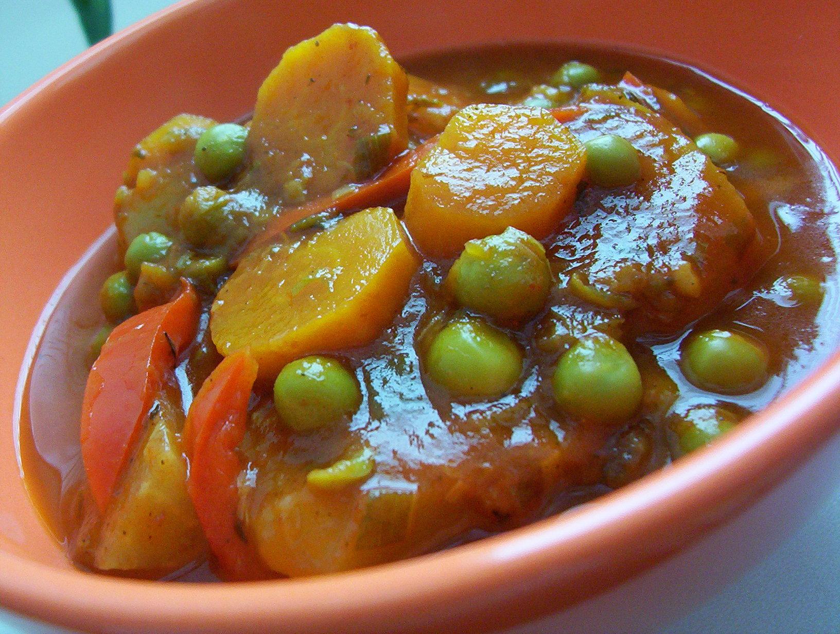 Fotografie receptu: Zeleninová rajčatová omáčka