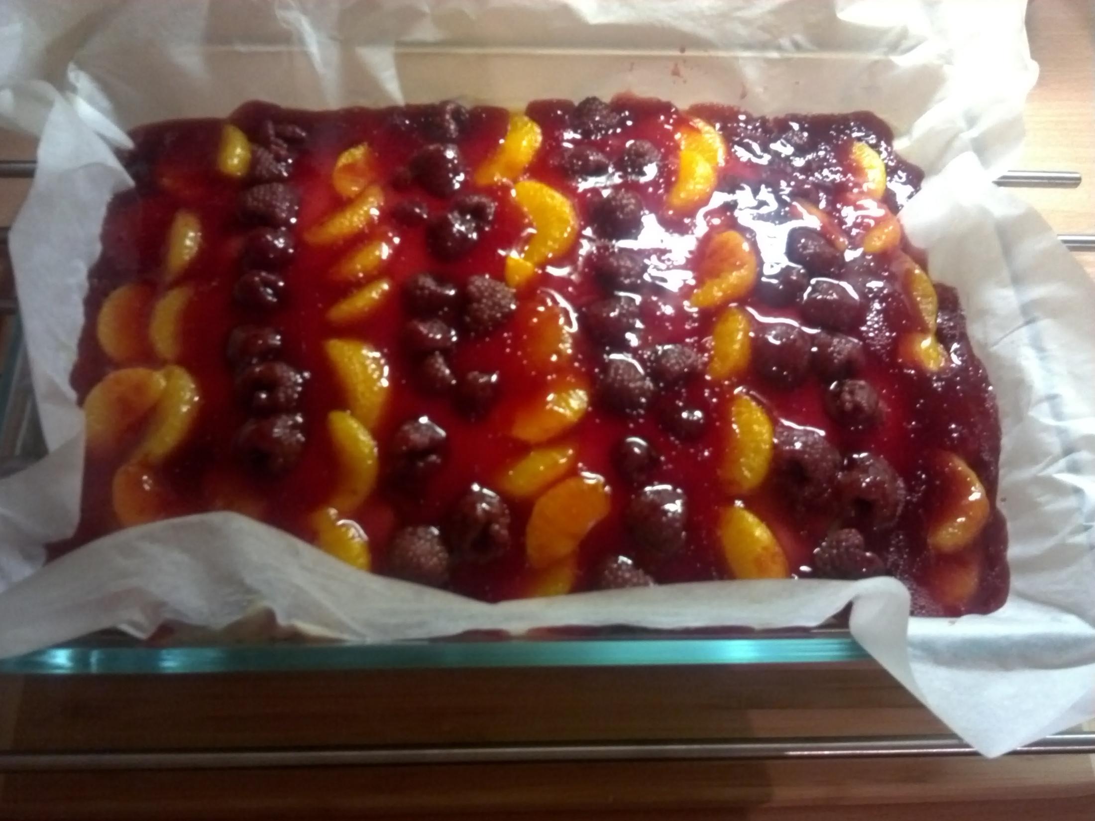 Ovocný pudinkový koláč