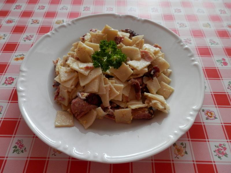 Fotografie receptu: Domácí flíčky s uzeným
