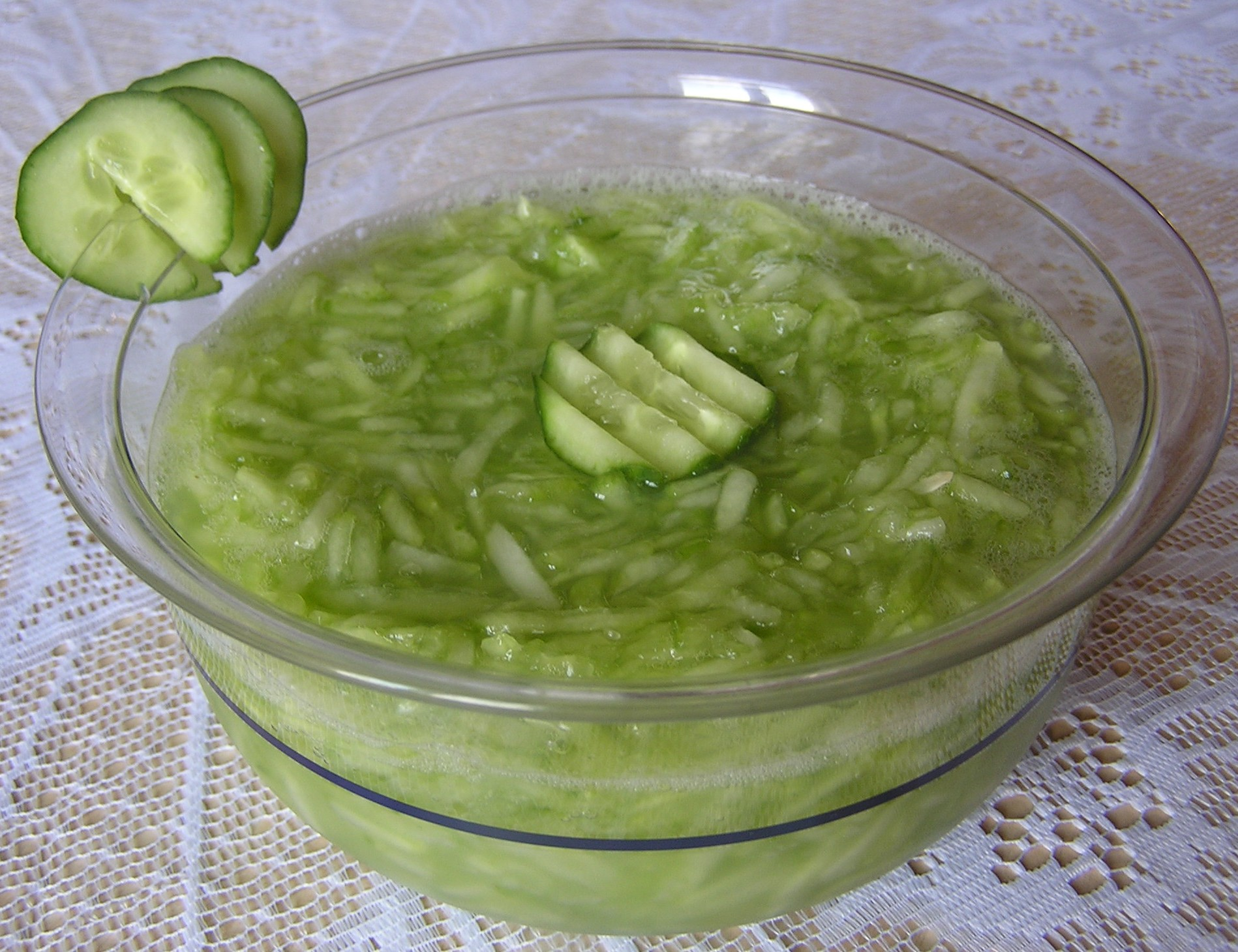 Okurkový salát s citrónem