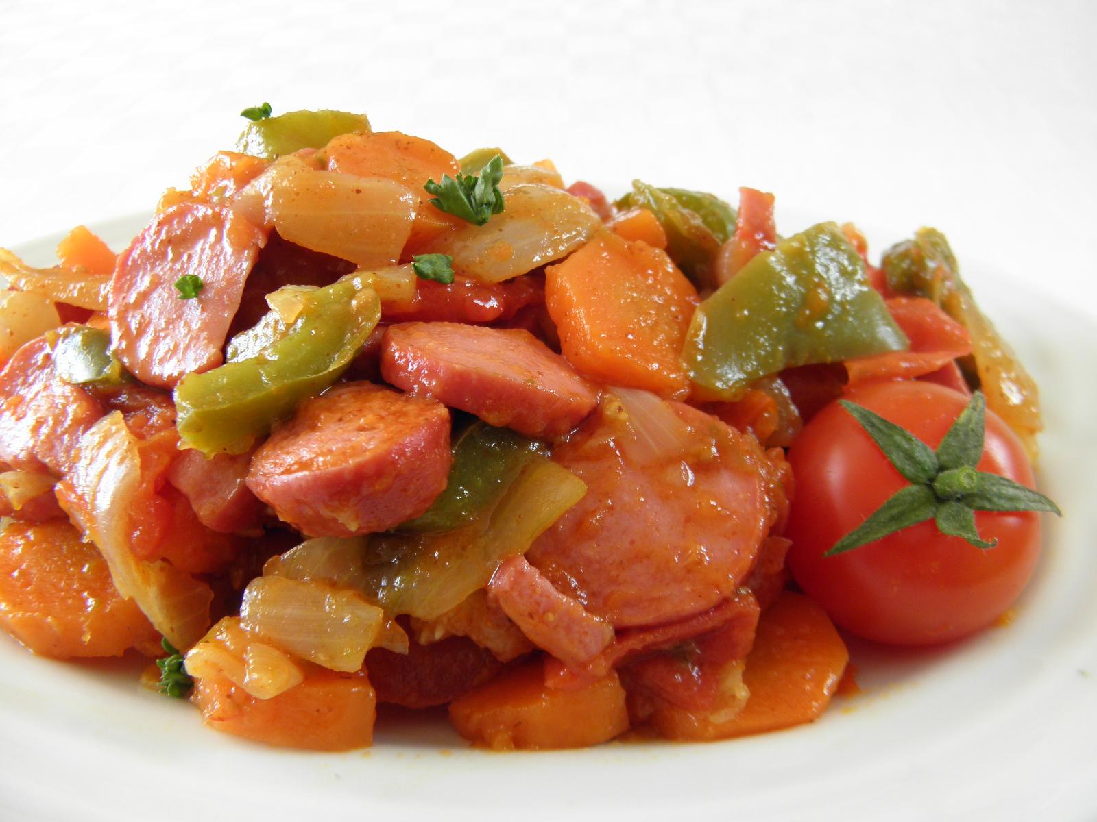 Pikantní párková směs se zeleninou