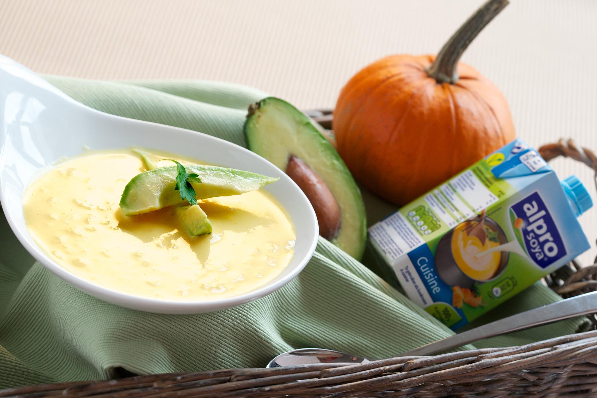 Dýňová polévka s avokádem