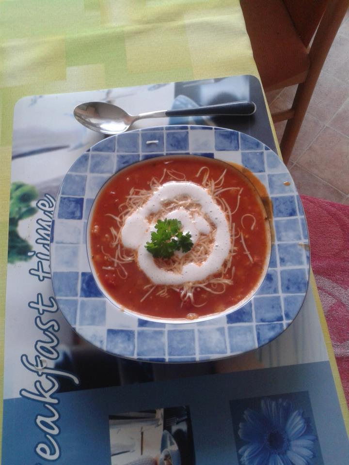 Rajská polévka v italském stylu