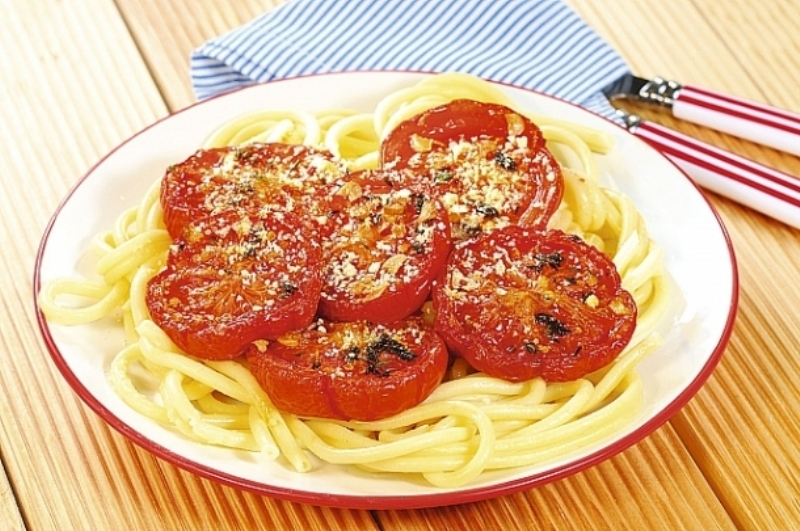 Pečená rajčata s makarony