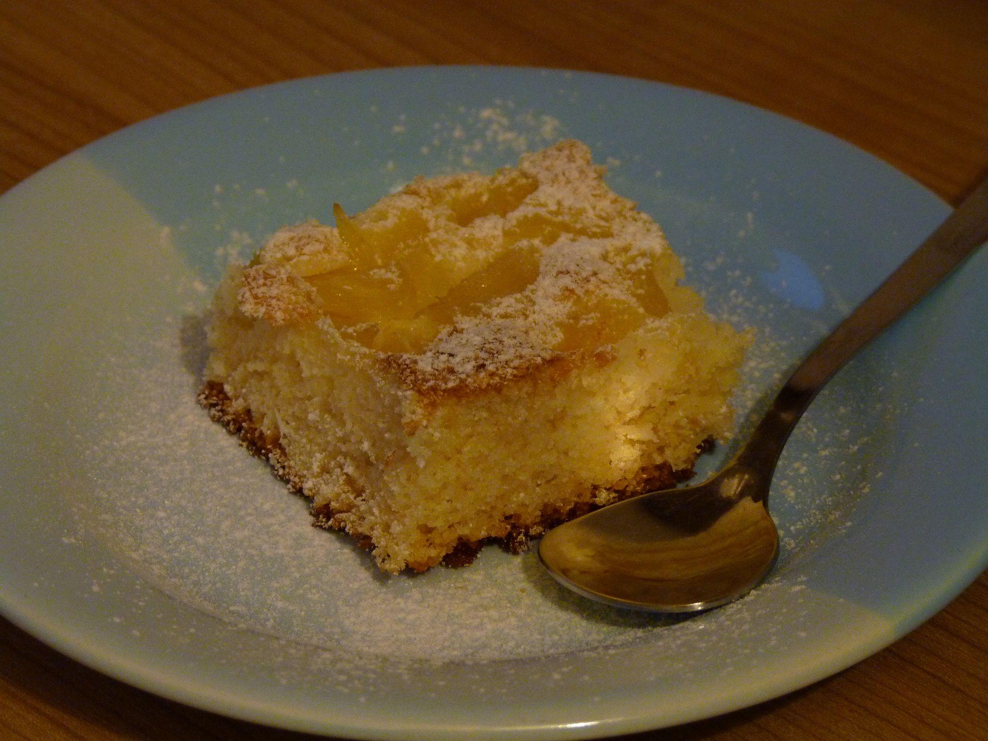 Ananasový koláč s kokosem
