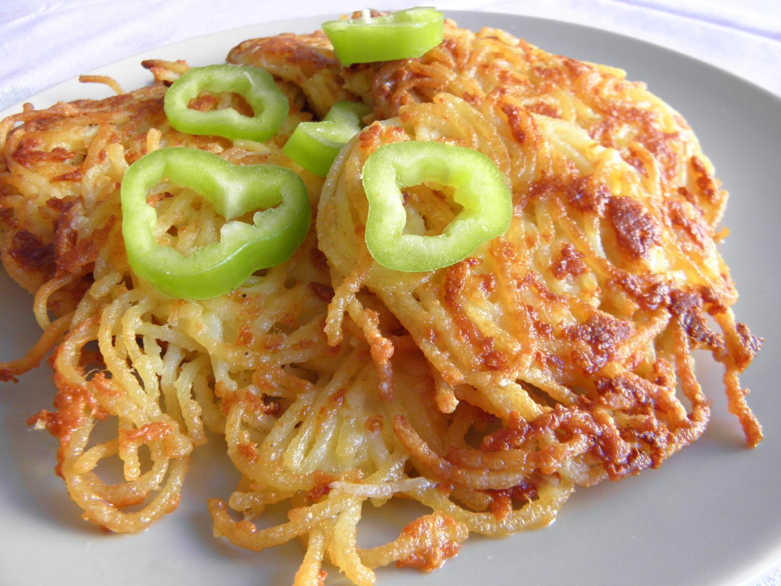 Špagetové placičky se sýrem