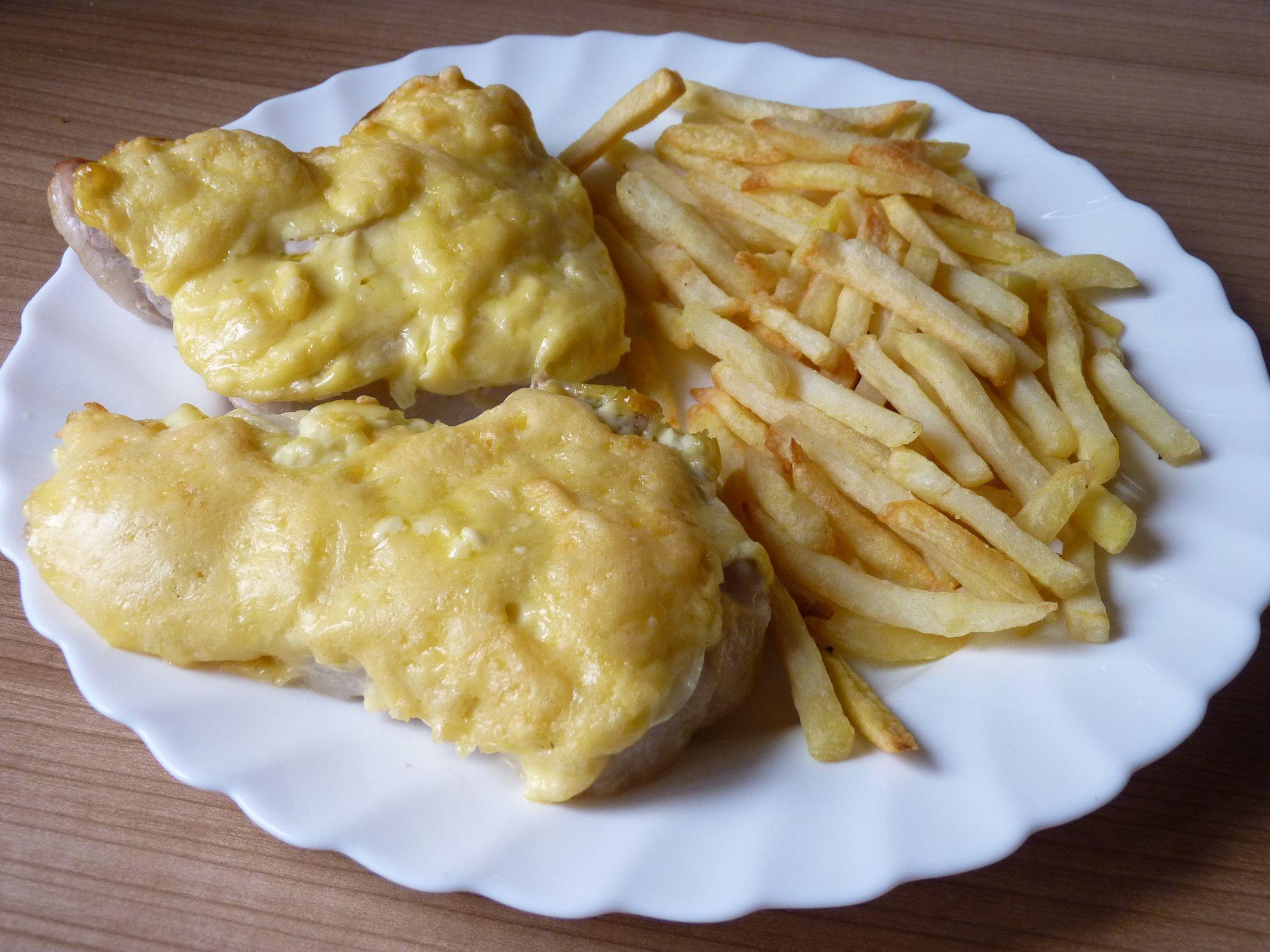 Fotografie receptu: Vepřové kotlety s majonézou