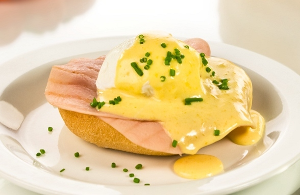Fotografie receptu: Vejce benedikt s jednoduchou holandskou omáčkou