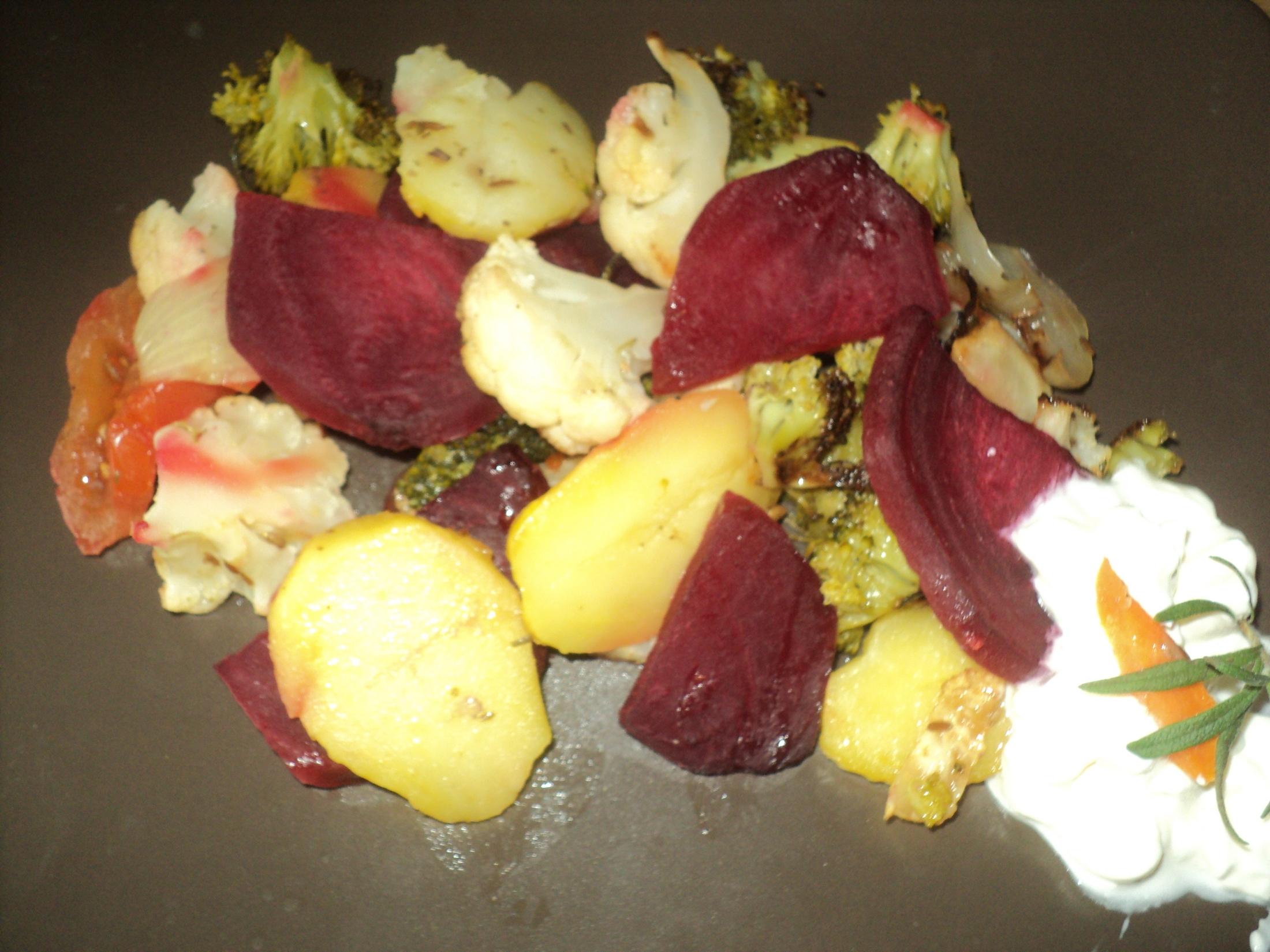 Vegetariánská pečená zelenina s bramborem