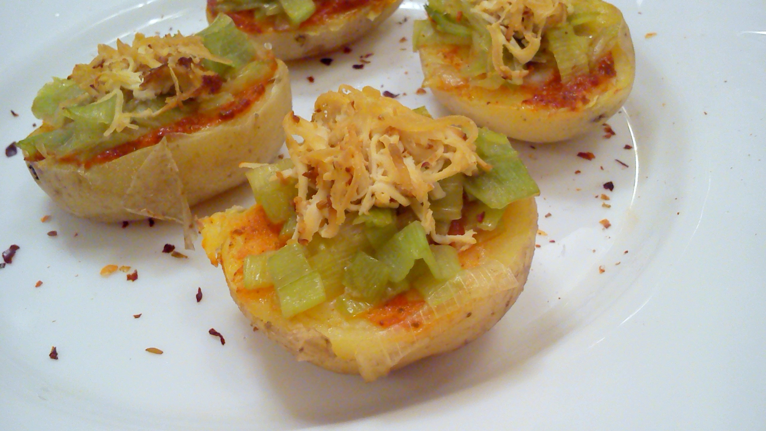 Fotografie receptu: Bramborové jednohubky s tofu