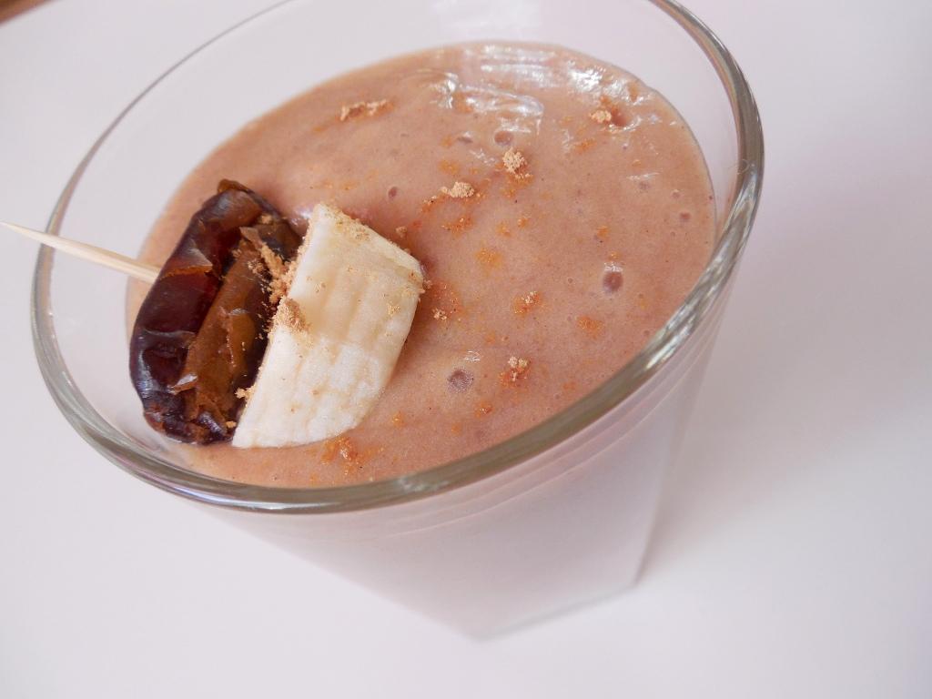 Banánovo-datlové smoothie
