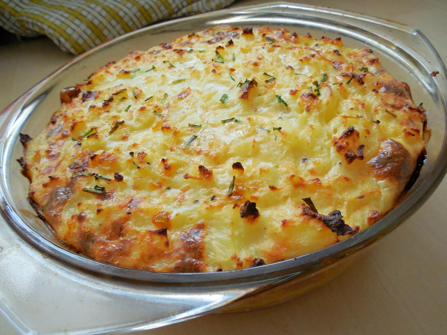 Zapékané zeleninovo-sýrové brambory