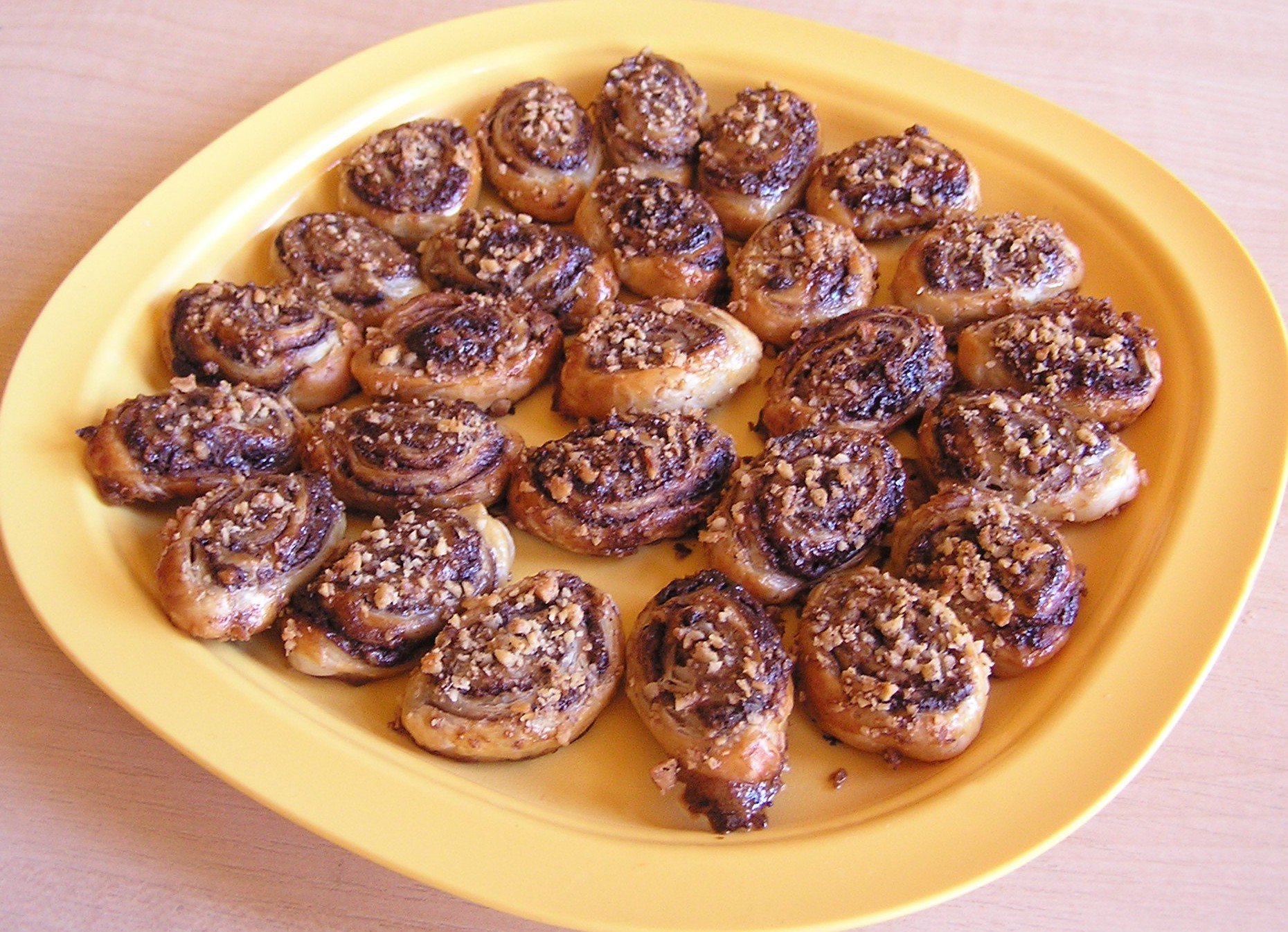 Nugátové spirálky s oříšky