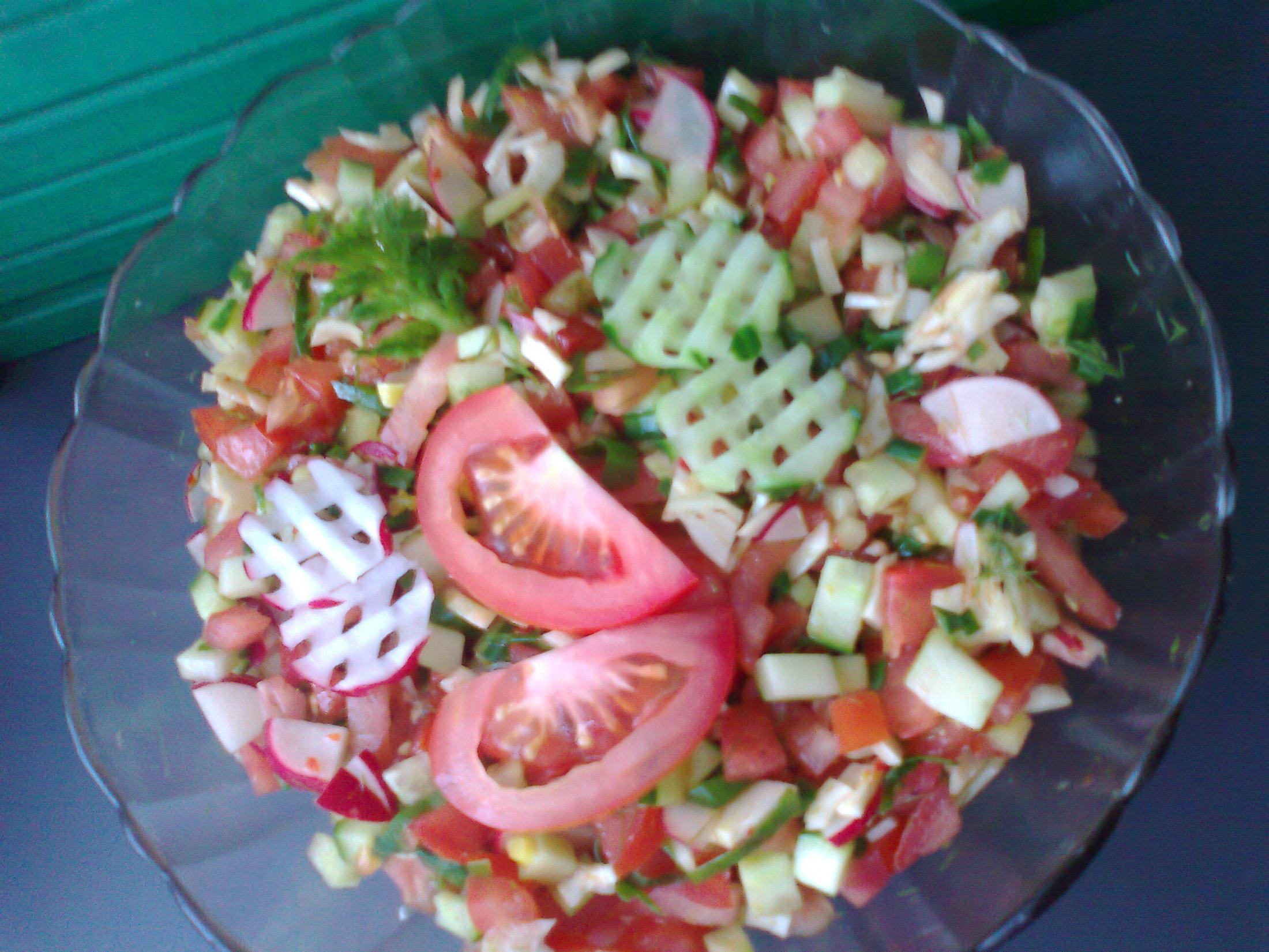 Fenyklový salát se zeleninou