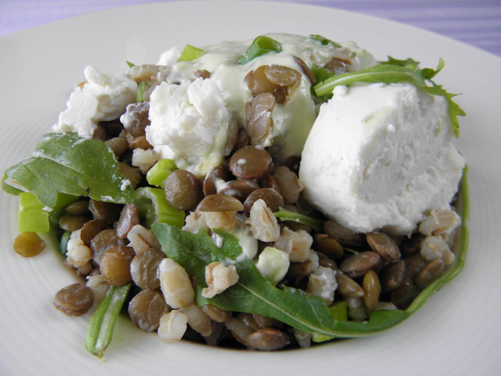 Čočkovo-kroupový salát