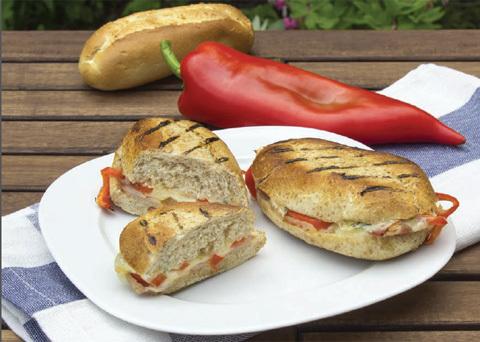 Fotografie receptu: Bagety zapékané na grilu s hermelínem a šunkou