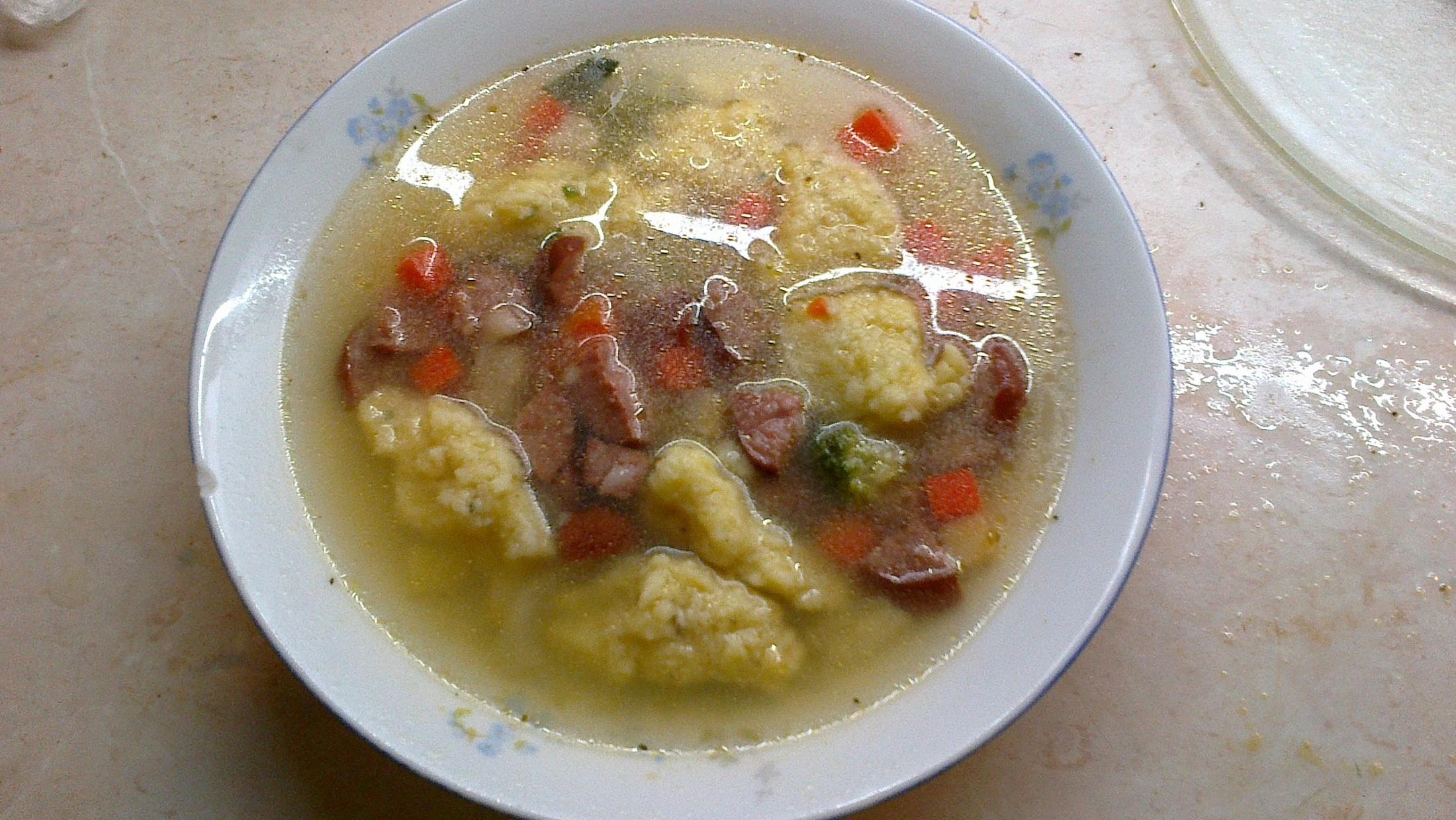 Buřtová polévka podle Honzy