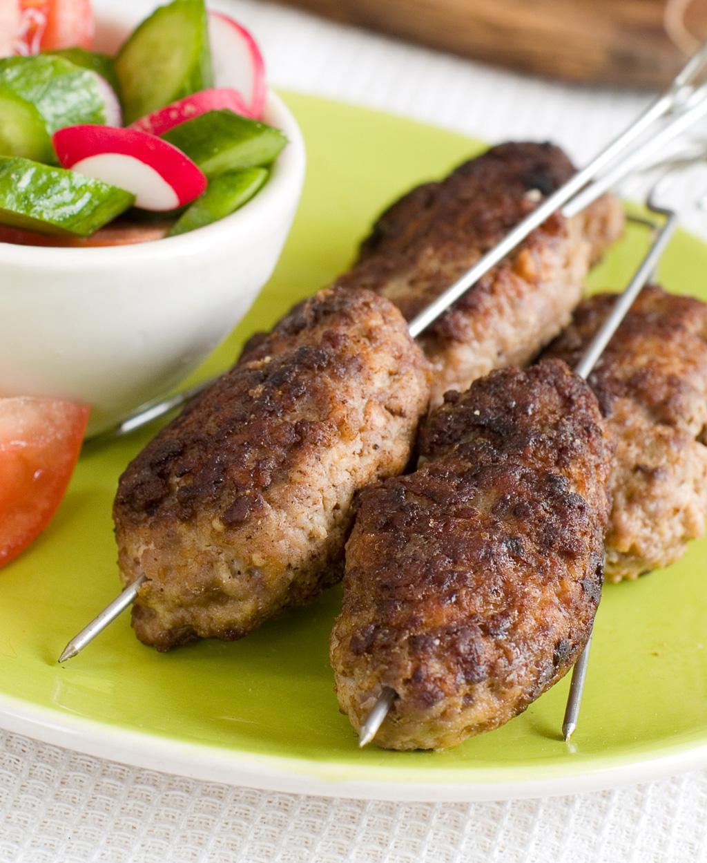 Grilovaný kebab z mletého masa