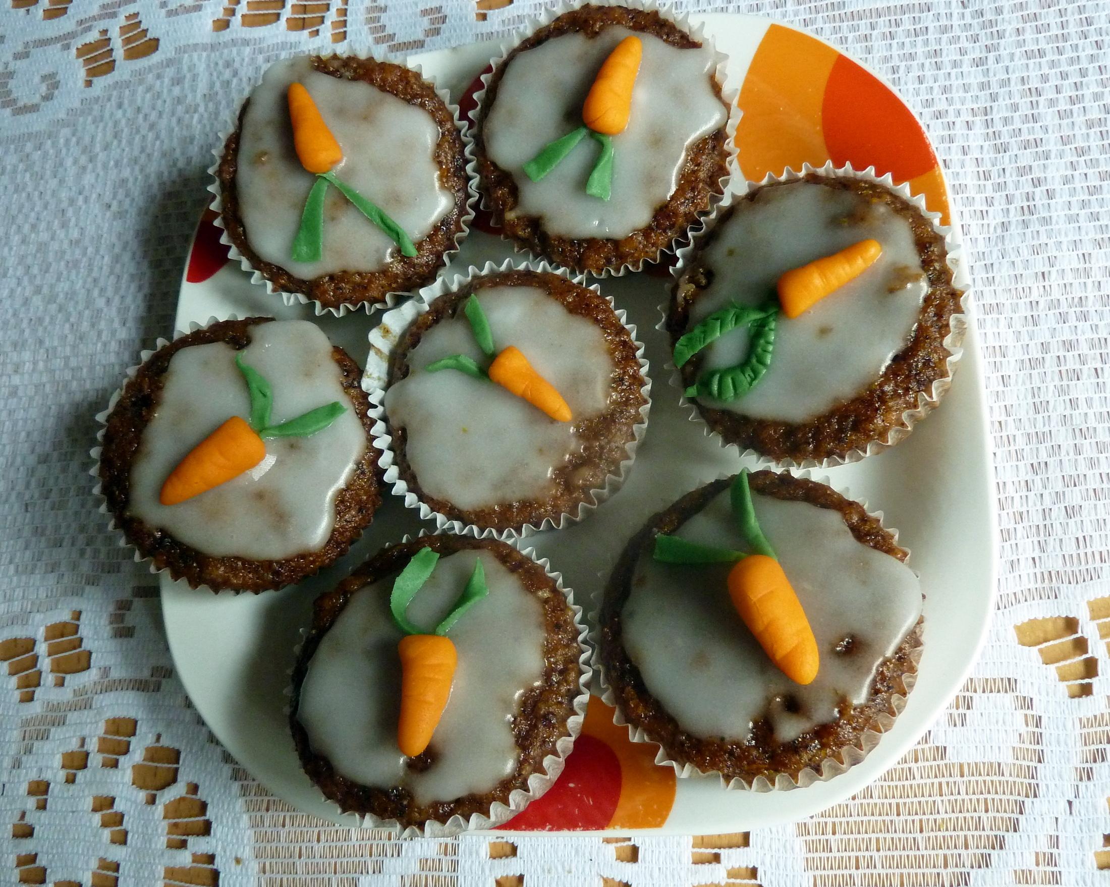 Muffiny s mrkví a jablkem