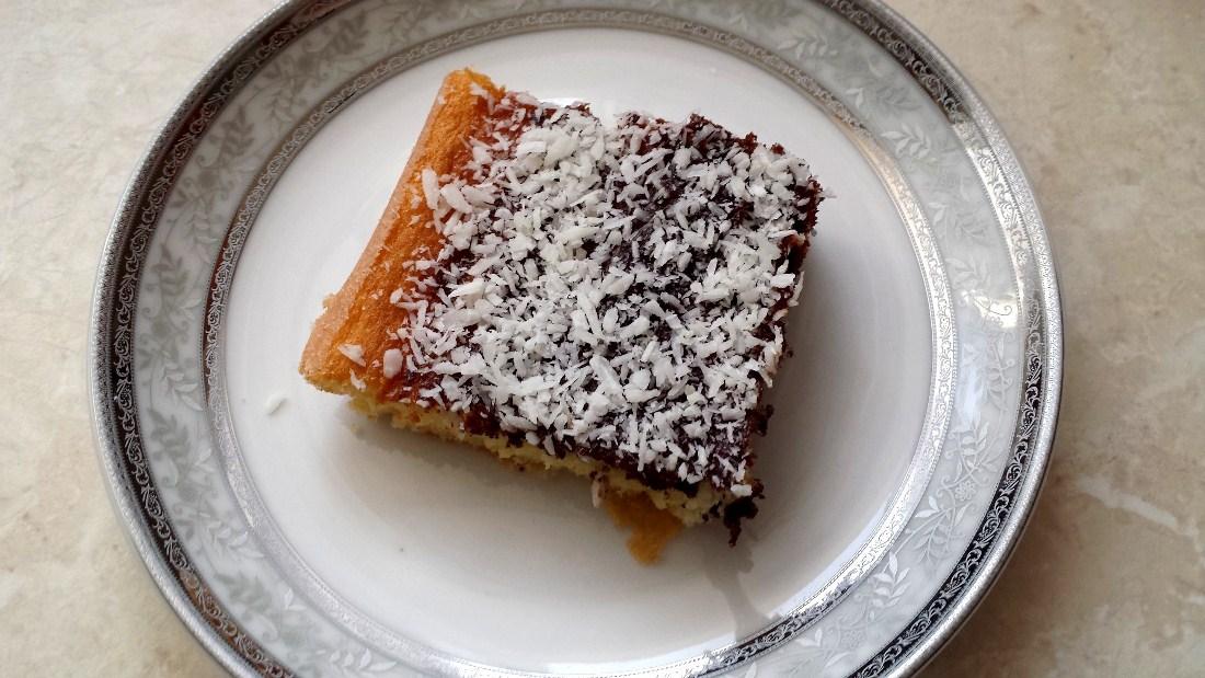 Dvoubarevný koláč s kokosem