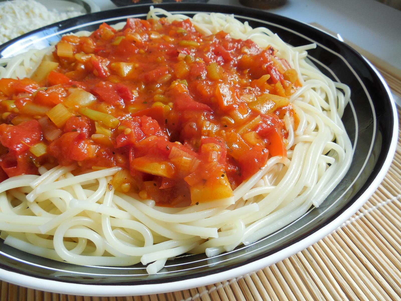 Zeleninová omáčka na těstoviny