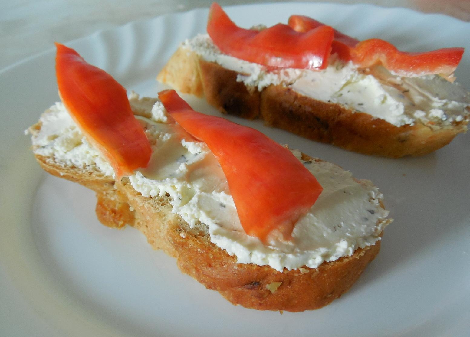 Domácí paprikový chléb