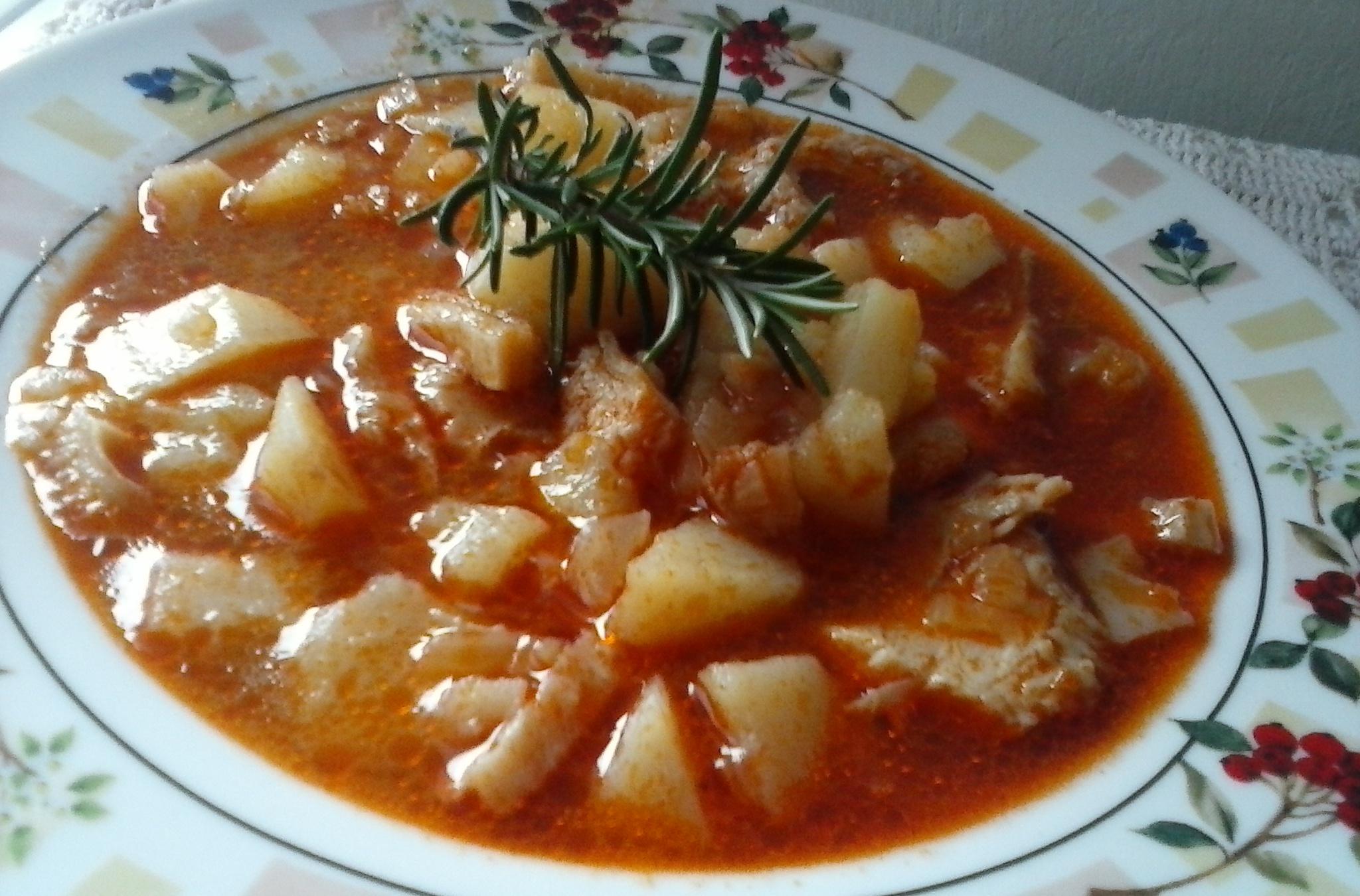Dršťková polévka s rozmarýnem