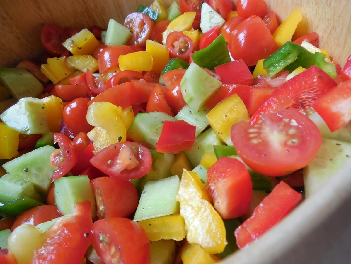 Salát s provensálskými bylinkami