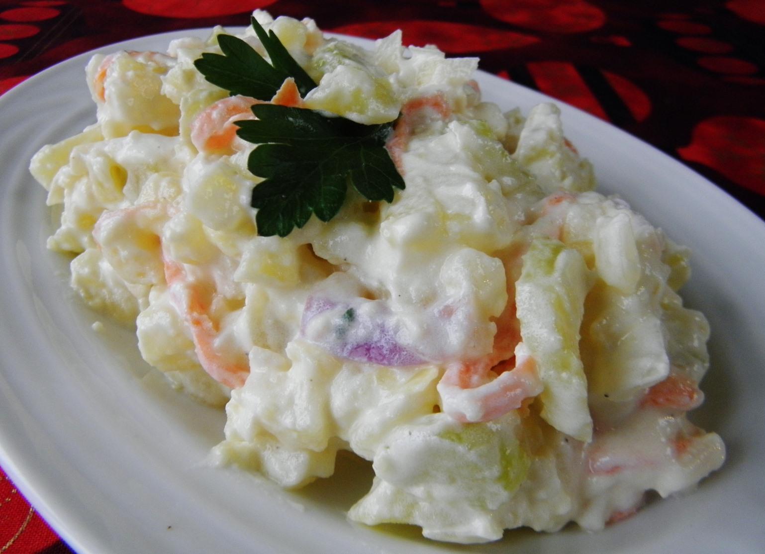 Dietní bramborový salát s celerem